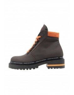 Lead brown boots track sole