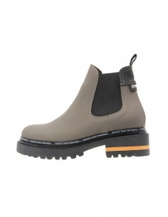 Odeyssey taupe boots track...