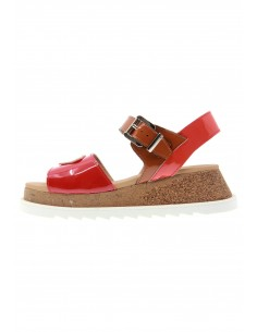 Hit red buckle sandals