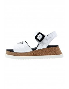 Hit white buckle sandals