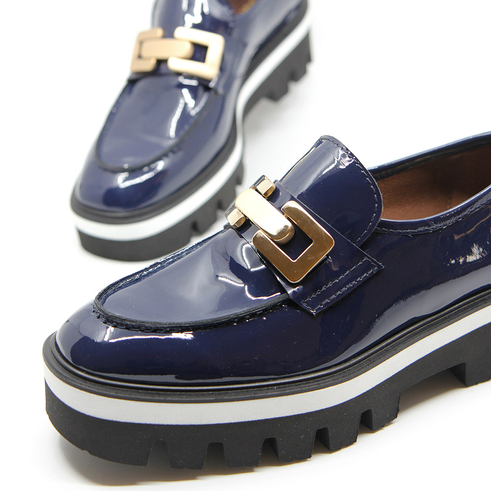Blue patent leather shoe with track platform for women - Reflect