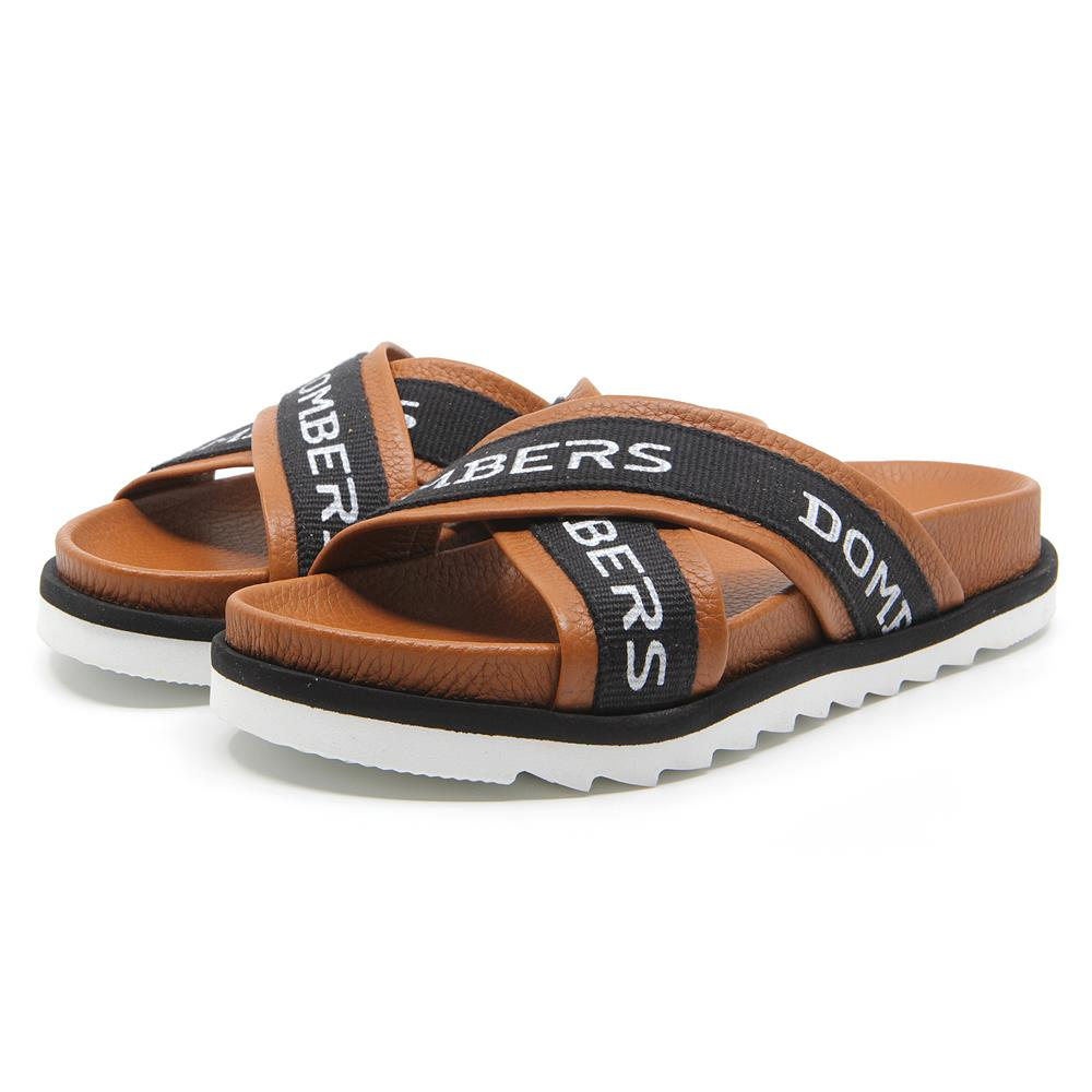 Touch sandals leather color on micro bicolor black and white floor
