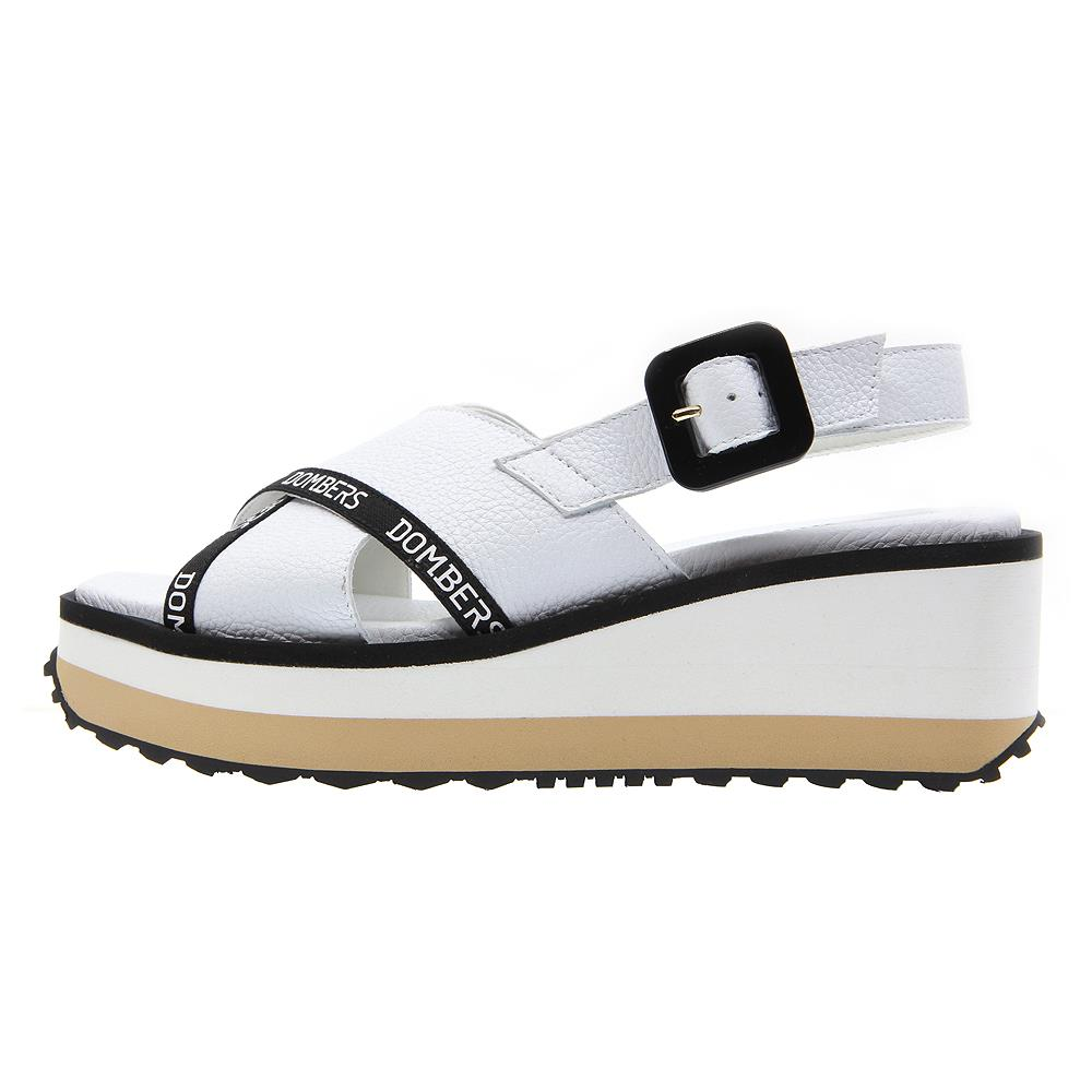 Pearl white sandals with buckle on a bicolour white and beige micro platform